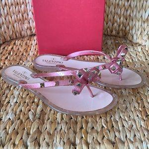 ❣️SOLD❣️Valentino Rockstud Pink Glitter Sandals 39